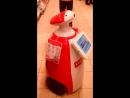 Робот искусственный интеллект в магазине Развлечение для покупателей