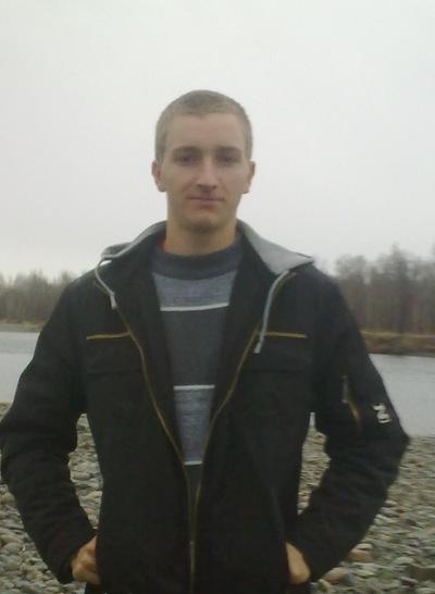 Денис Татауров, 11 августа , Горно-Алтайск, id122681307