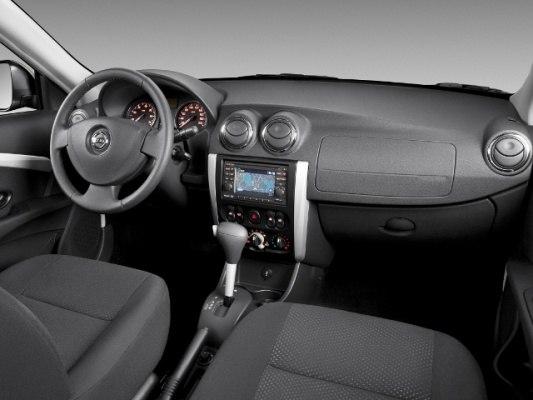 Салон Nissan Almera 2013