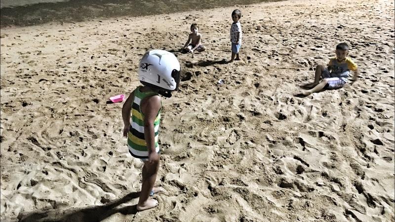 Закат на Джомтьене Ищем обитателей вечерних пляжей. Покупки Tesco Lotus Паттайа 2018