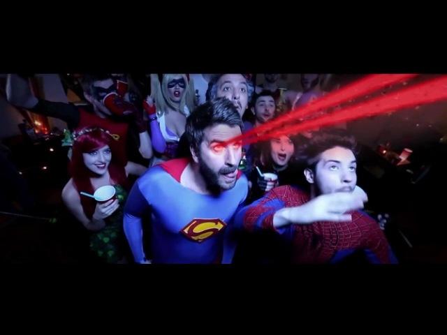 Пьяный Superman (Незря жє у меня супер-способности)