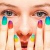 Нейл-Арт-искусство росписи или украшение ногтей.