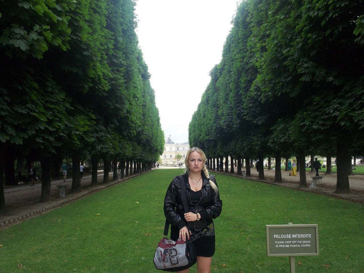 Елена Руденко. Франция. Париж. 2013 г. июнь. 3NBIlz2o12Y