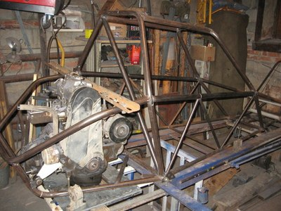 Двигатель, части подвески