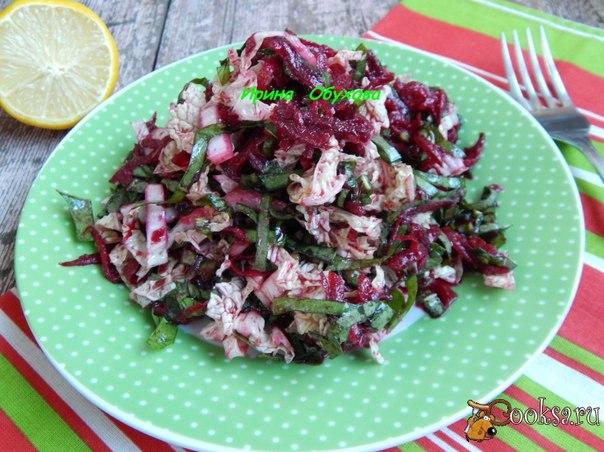 Салат со щавелем Очень вкусный, витаминный, простой в приготовлении салатик.