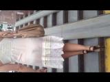 Девушка в прозрачном платье.