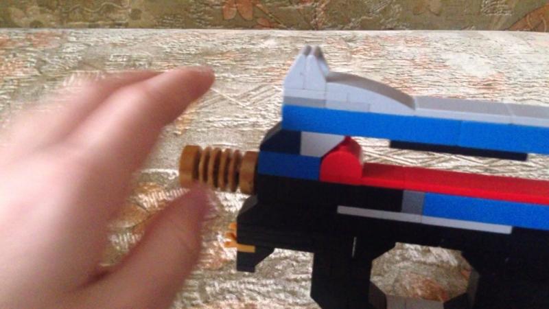 Обзор P90 из LEGO