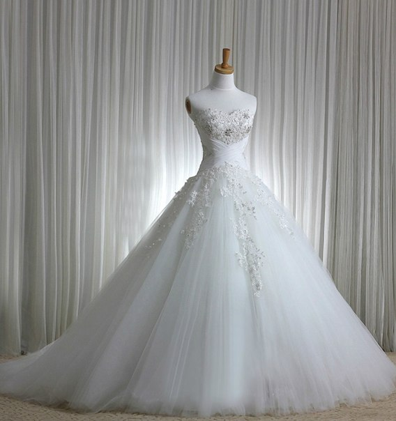 пишні весільні сукні фото 2014 ціни 9afdf613f7c5b