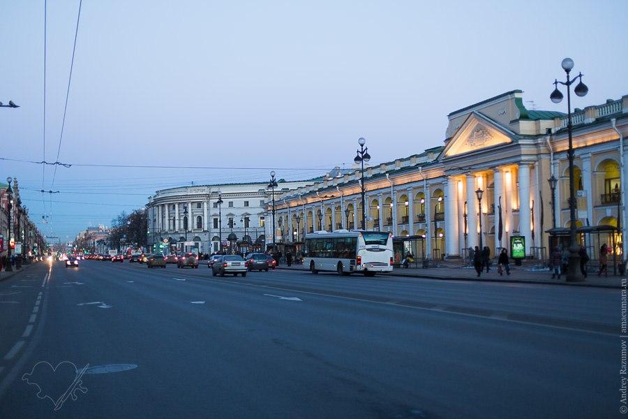Санкт-Петербург улица весна трубы