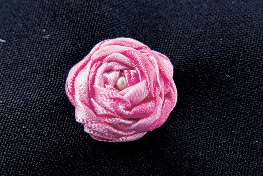 Вышиваем розу
