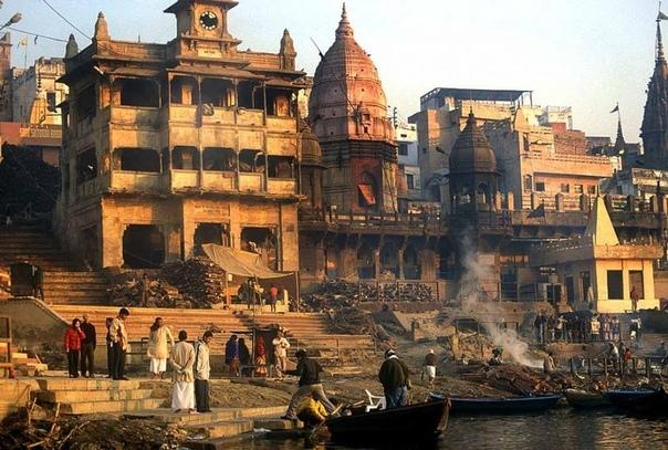 Варанаси — первый священный город человечества Индия является уникальной страной. Только в этой стране удаётся сочетать практически несочетаемое: все атрибуты и достижения современной