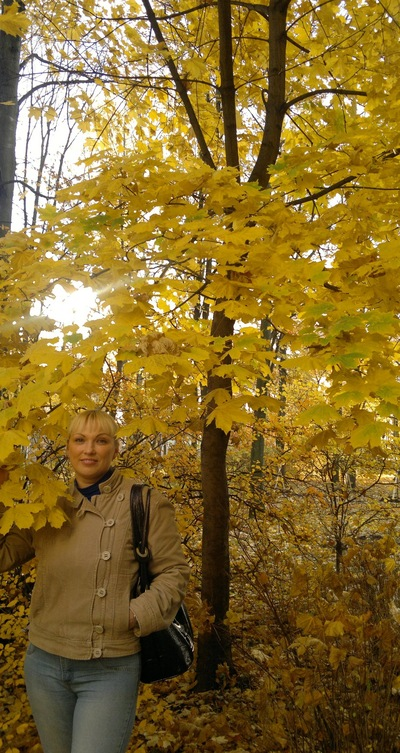 Валентина Искра, 19 октября , Санкт-Петербург, id133451628
