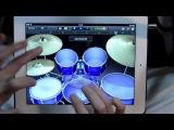 Барабанщик играет на iPad