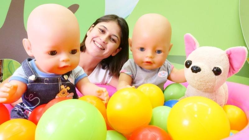 Gülün yeni arkadaşı Mert! Bebek bakma oyunları