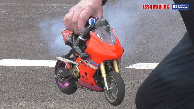 FAST NITRO RC MOTORBIKE races ELECTRIC RIDERS Cotswold MCC