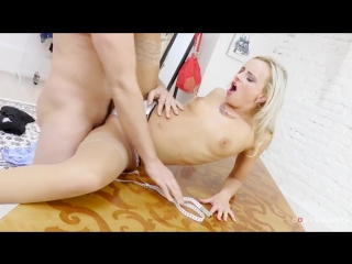 Секс со зрелой мамкой секс порно эротика sex porno milf brazzers anal blowjob milf anal секс инцест трахнул русскоеИнцест: трахн