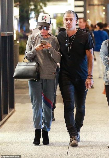 Эмили Ратаковски в Сиднее Наоми УоттсЛеди Гага