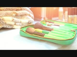 экспресс макияж и прическа для моделей на показ одежды от фаберлик