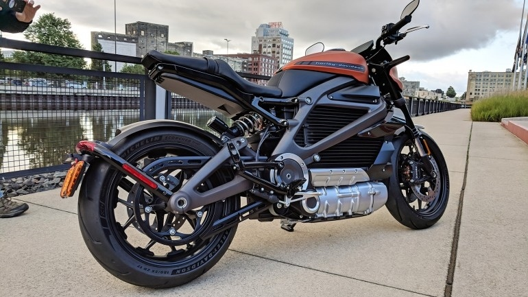 Почти производственная версия электроцикла Harley-Davidson