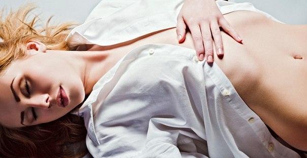 Стимуляция пупка оргазм