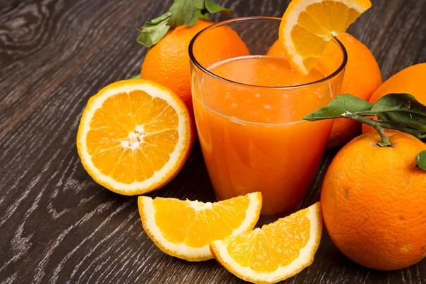 Апельсиновый сок Была одна девочка Маша. Жила она в большом городе со своими мамой и папой. В один день Маша заметила в магазине (в который она всегда заходила) новый апельсиновый сок. Он стоил