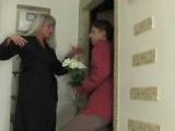 Порно Русское видео HD инцест сын с матерью трахаются зрелая милфа пошлый секс порнуха дочь домашнее анал  в попу голая эротика