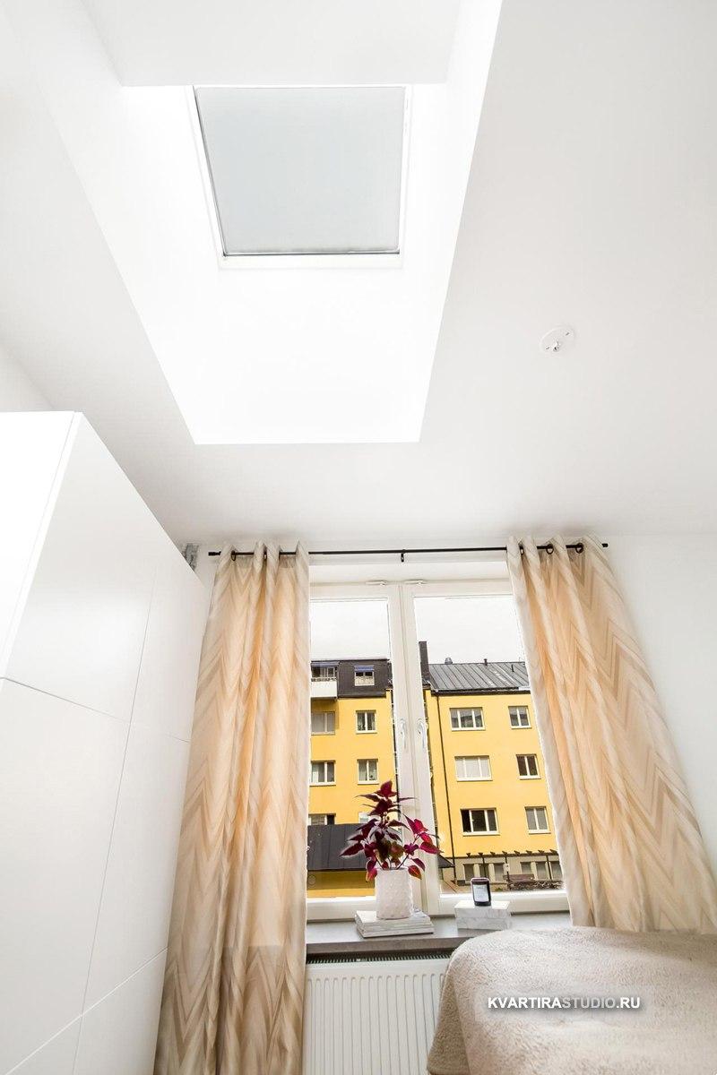 Квартира студийного типа 30 м с окном на потолке.