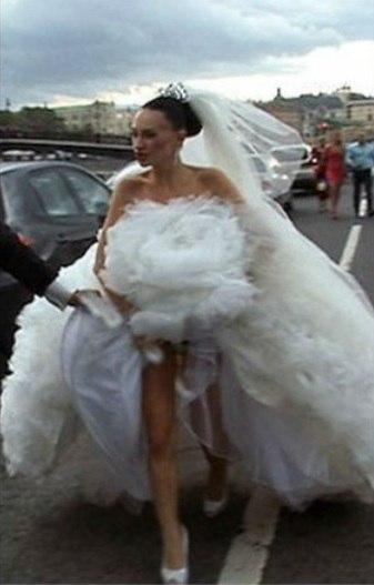 секс юбки на свадьбе фото