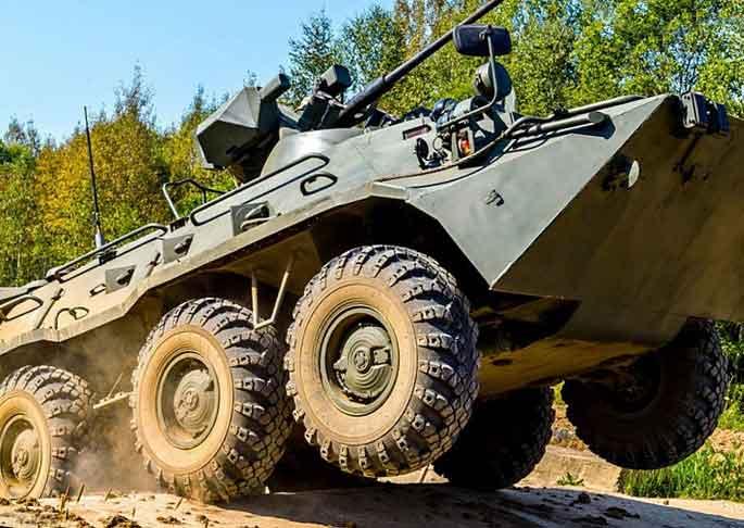 Российский БТР-82