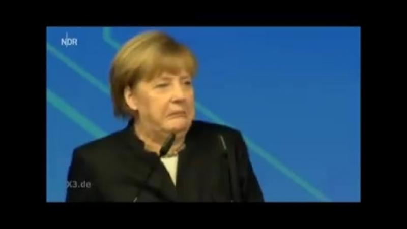 Merkel macht sich lustig über Rente der Zukunft......