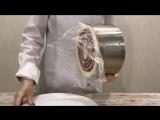 Как вытащить плёнку из-под муссового торта?