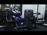 Сегодня укрепляем мышцы ног, спины и трапеции.
