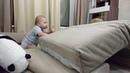Туннель из диванных подушек