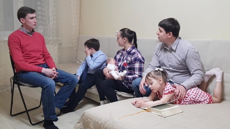 Беседа с семьей Жолобовых