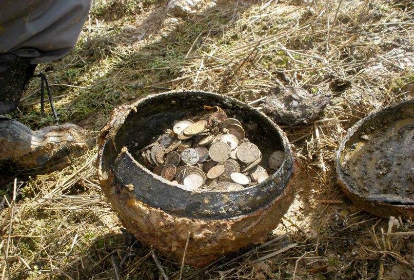 Поиск монет в саратовской области 1990 год для экземпляров с эмблемой м