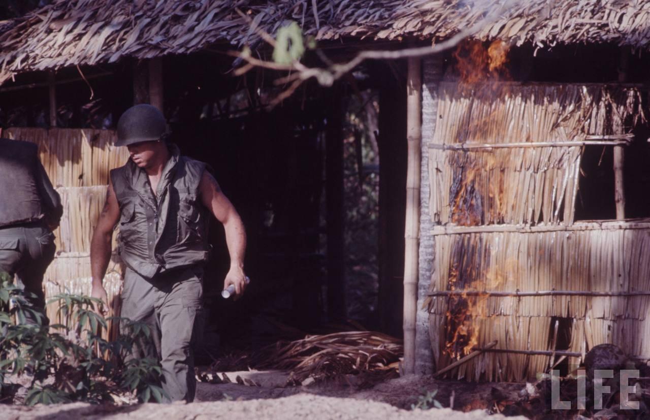 guerre du vietnam - Page 2 DTwNoONLHq8