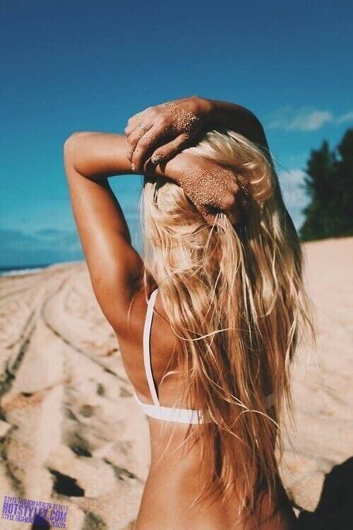 фото со спины девушки красивое
