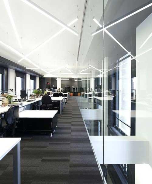 Тусклая комната более благоприятна для творчества, чем светлая комната. Или так говорится в исследовании ...