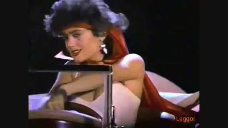 Сальма Хайек в мексиканской рекламе «Burger Boy» | 1988