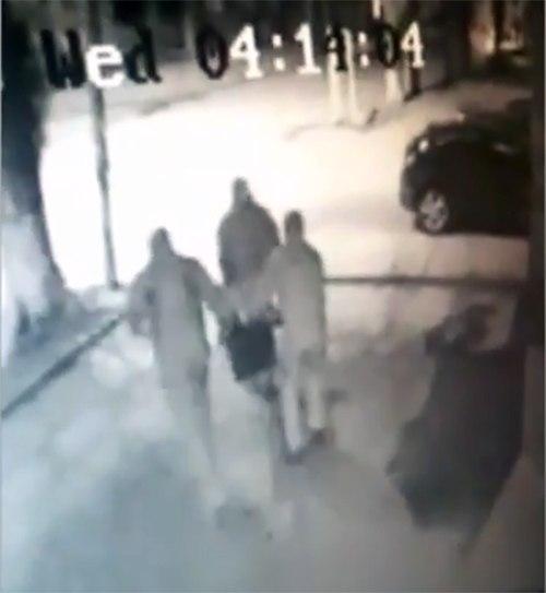 В донской столице два банка ограбили за 1,5 минуты. ВИДЕО