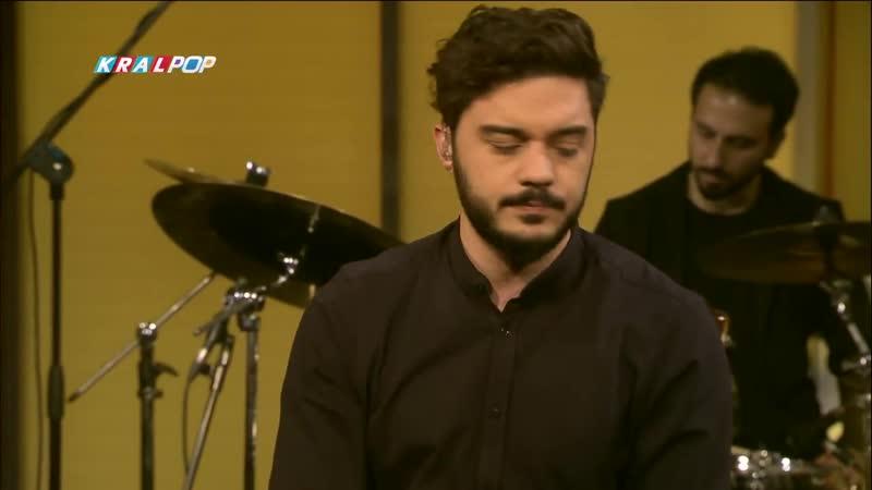 İlyas Yalçıntaş - Lavinia (Kral Pop Akustik)_HD_.mp4