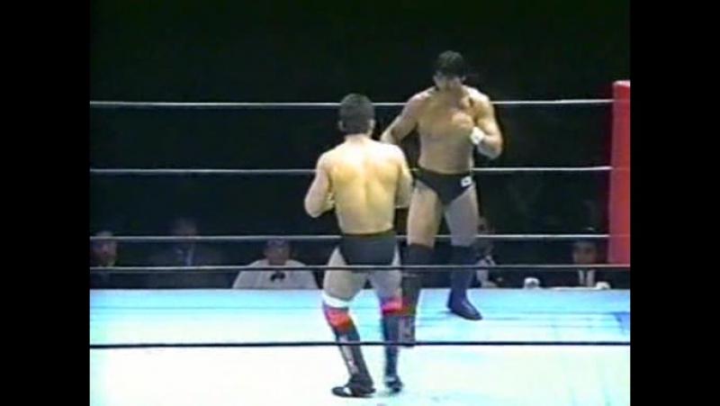 Frank Shamrock Vs. Masakatsu Funaki (Pancrase) 10 03 1995 (04)