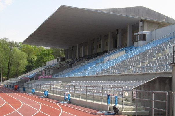 стадион Кадриорг