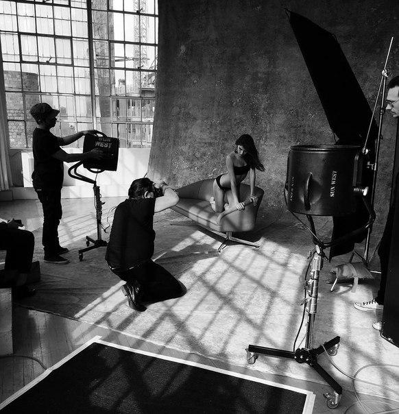 Ирина Шейк на съемках для Vanity Fair Italia — 2016.