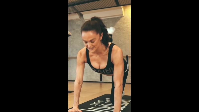 Train Like An Angels with Lais Ribeiro