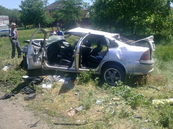 В Таганроге на Мариупольском шоссе произошло трагическое ДТП, 3 человека погибли