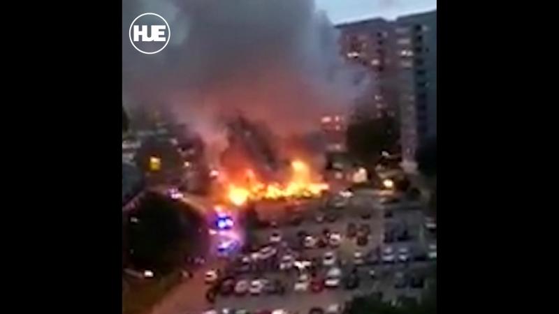 В Швеции начались координированные поджоги машин