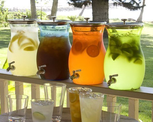 5 рецептов домашнего лимонада!!! 1. Апельсиновый лимонад или «Домашняя Фанта» Ингредиенты: Смотреть полностью...