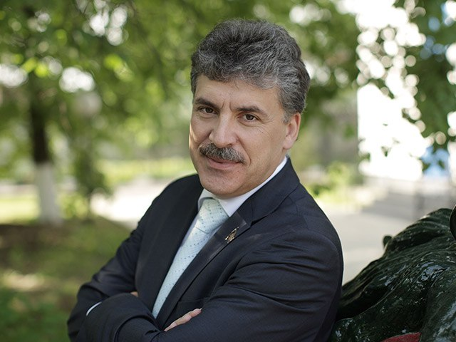 12 января в 12.15 Павел Николаевич Грудинин зарегистрирован Центральной избирательной комиссией кандидатом на должность Президента Российской Федерации