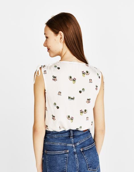 Блуза с бантами